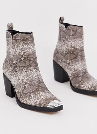 Казаки в принт с металлическим носком, ботинки в стиле вестерн на широком каблуке asos4 фото