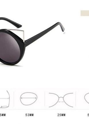 Крепкие пластиковые черные очки с круглой дымчатой линзой и металлическими ушками4 фото