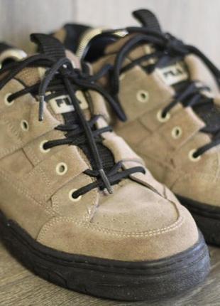 Кожаные кроссовки fila