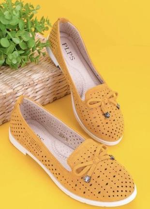 Стильные женские балетки туфли лодочки на низком яркие перфорация летние