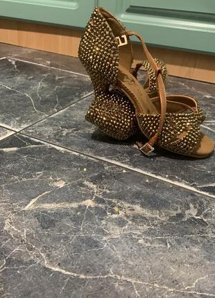 Туфли латина ( бальные танцы)