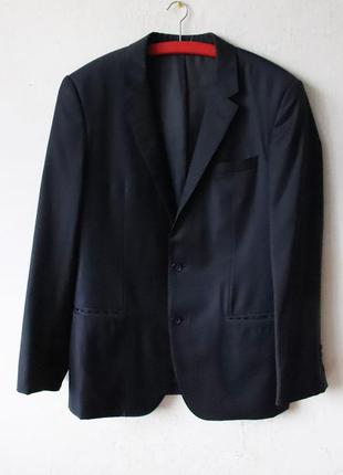 Пиджак hugo boss 100% шерсть