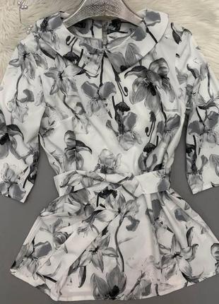 Красива жіноча блуза в поясом