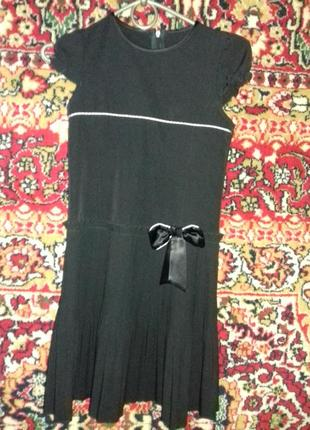 Школьное платье сарафан на 7-10 лет.