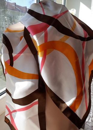 Шейный платок mary kay.