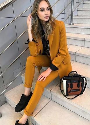 Красивый костюм брюки +пиджак