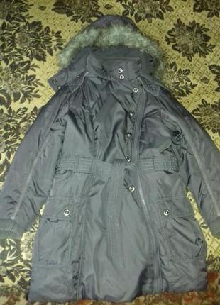 Next пальто на девочку 9-10 лет.