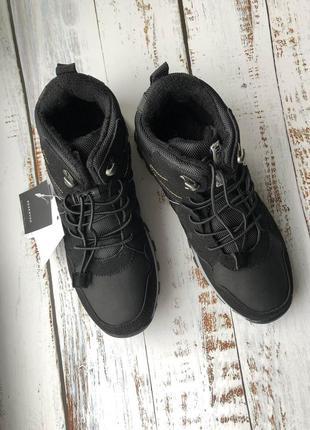Демисезонные ботинки европейской марки reserved