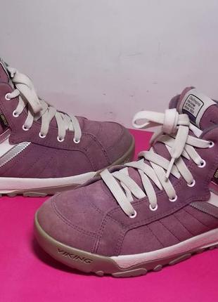 Женские  кожаные  ботинки  viking