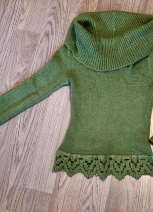 Модный и стильный  свитер