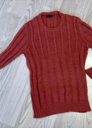 Стильный свитер шерсть