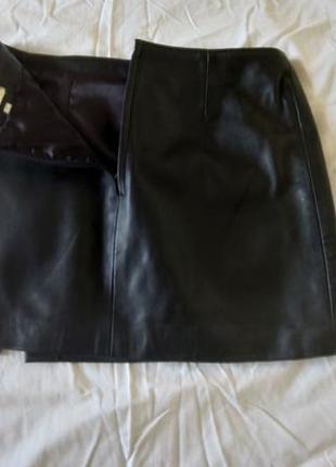 Мини-юбка с эко кожи