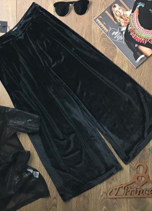 Черные бархатные брюки - кюлоты  pn0483    bershka