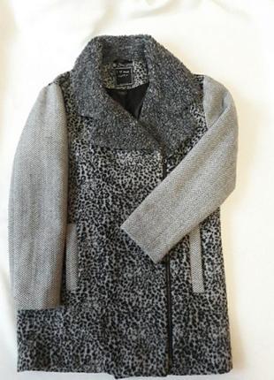 Пальто для дівчинки 11 12років