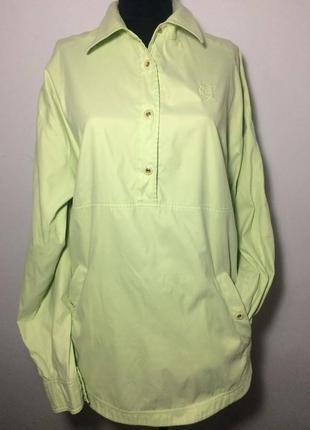 Обалденная спортивная блуза нежно салатового цвета escada