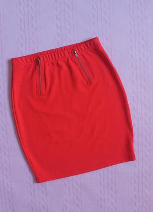 Красная юбка с молниями modis