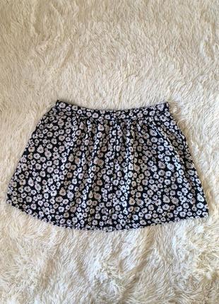 Чёрная юбка в ромашки  на пуговицах вискоза new look размер 14 50-52
