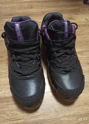 Класні фірмові шкіряні кросівки puma