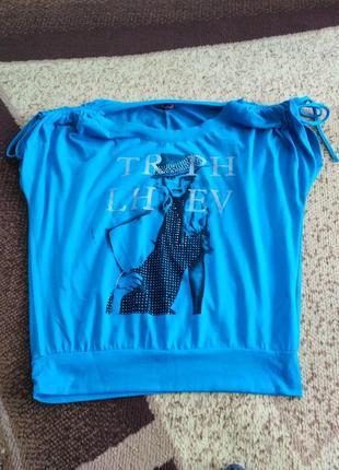 Голубая футболка с принтом2 фото
