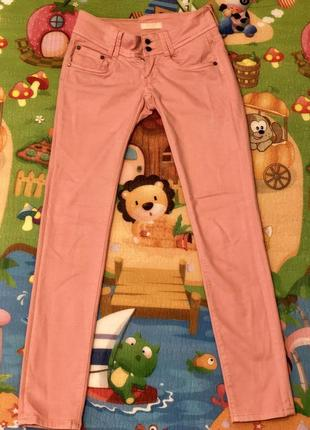 Милые розовые джинсы