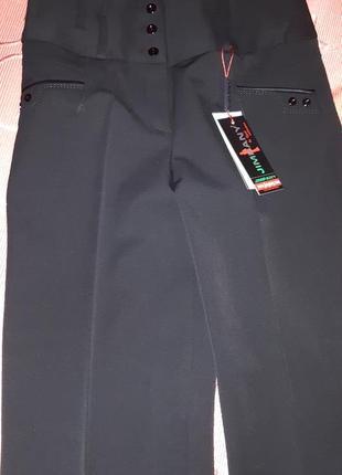 Стильные брюки, классика в черном цвете