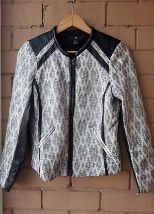 Фактурный  бомпер с кожаными вставками / курточка на молние / жакет