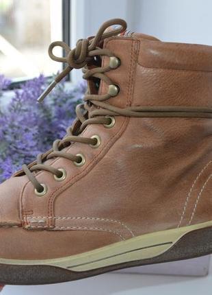 Демисезонные кожаные ботинки ecco р. 38 по стельке 25 см