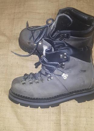 37р-24.5 треккинговые ботинки  green land waterproof