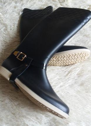 Резинові чоботи