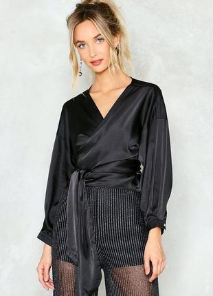 Сатиновая блузка на запах lusy wang m--46 размер.