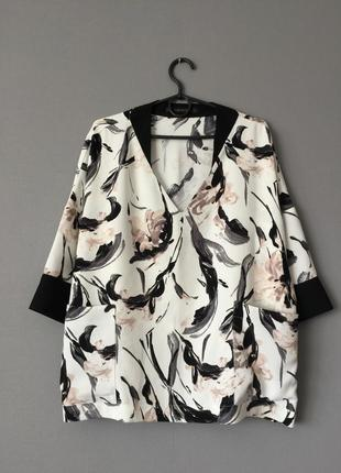 Блузка oversize с карманами zara м--46 размер.