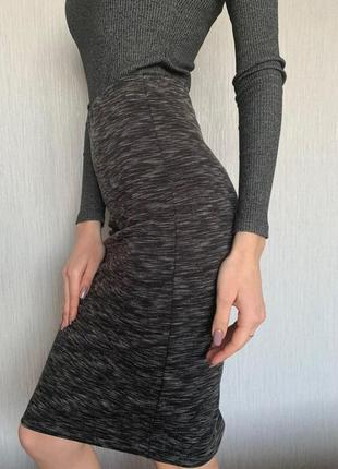Юбка - футляр облегающая ostin