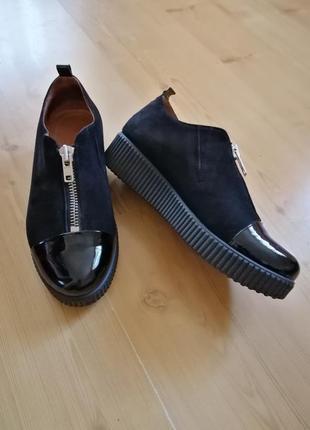 Кожаные туфли, лоферы, мокасины