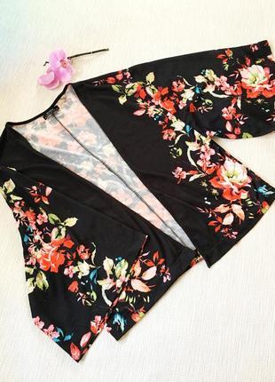 Блуза, накидка, кофта bershka.