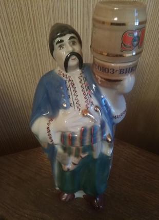Керамическая бутыль . козак