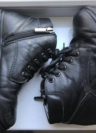 Кожаные ботинки на мальчика. 32 размер