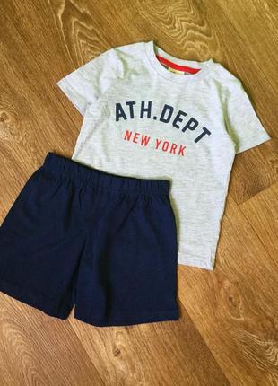 Костюм футболке и шорты hm