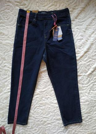 Укороченные джинсы на девочку 13-14 лет