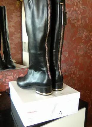 Zara шикарные высокие сапоги 41 р