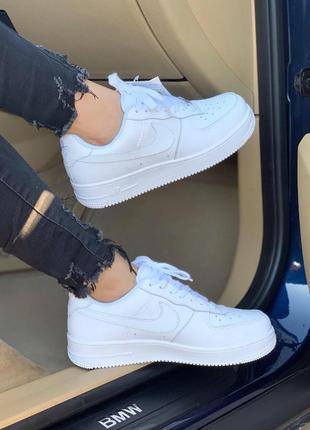 Шикарные кожаные кроссовки nike air force в белом цвете (весна-лето-осень)😍
