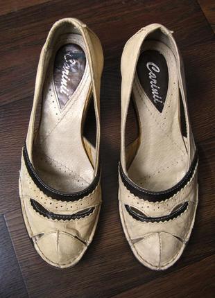 Польские кожаные туфли на танкетке, сезон весна-лето, р. 37
