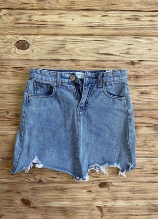 Классная джинсовая юбка с рваностями3 фото