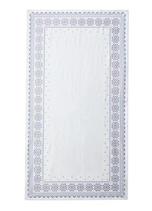 Шикарная скатерть на 10 персон от tchibo германия , размер 150 на  275 см