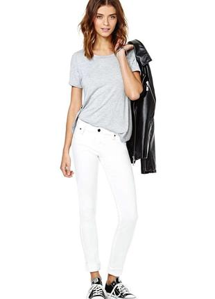 Белые узкие скинни джинсы lee размер 25