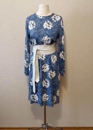 Очень красивое трендовое платье в цветочный принт