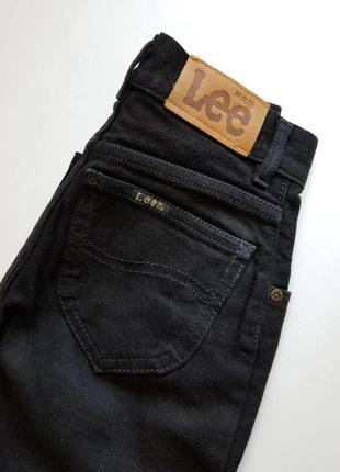 Черные джинсы lee