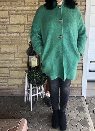 Стильное пальто оверсайз изумрудного цвета ⭐️