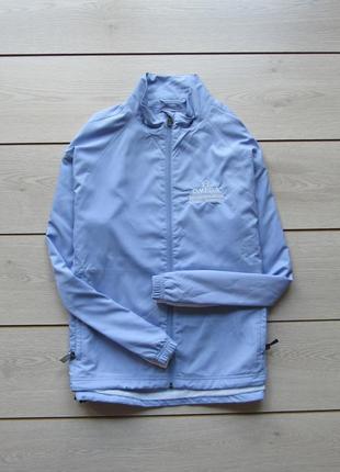 Тонкая красивая куртка ветровка от adidas