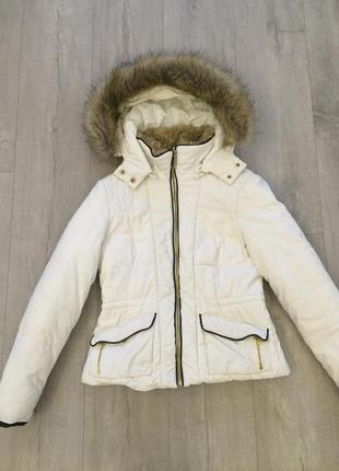 Куртка zara в идеальном состоянии