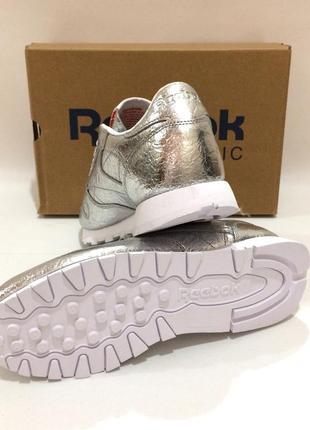Оригінал! нові шкіряні кросівки reebok classic leather. bs51152 фото